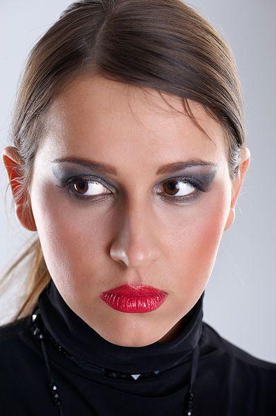 Warto zdobyć różnorodne umiejętności z zakresu makijażu i pielęgnacji twarzy - http://quak.com.pl/?p=11