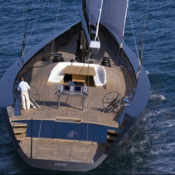 is it necessay to paint the hull on a sailboat How often does an ocean-going steel-hull boat have to be re-painted  s the best paint available  first 5 years unless it's absolutely necessary .