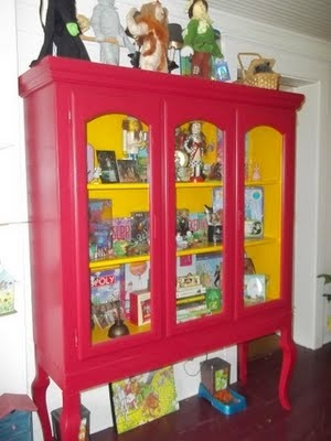 I need a red and yellow cabnet for all my Wizard of Oz stuff... start looking at thrift stores for something to paint