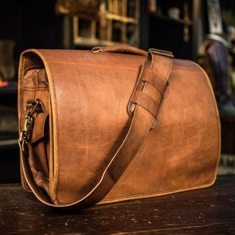 Everett Vintage Leather Messenger Bag