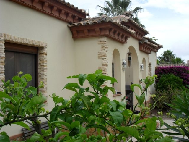 Ref 1198  Formentera - Two Bedroom Detached Villa with Swimming Pool and Garage