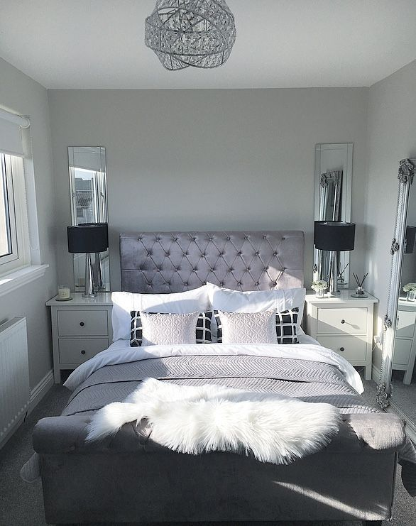 Master Bedroom Inspo Bedroom Goals Black And White Silver Sheepskin Rug Mirrored Bedside Black Table Lamps Le Glam Bedroom Decor Bedroom Decor Bedroom Interior