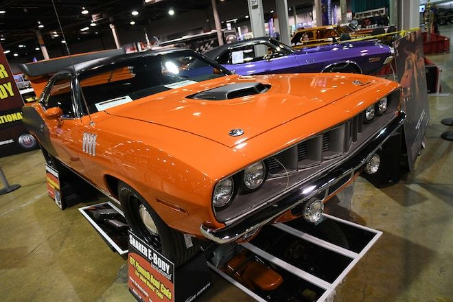 Mopar Muscle Magazine checks out coolest Pentastar powered rides from the 2017 Muscle Cars and Corvette Nationals.