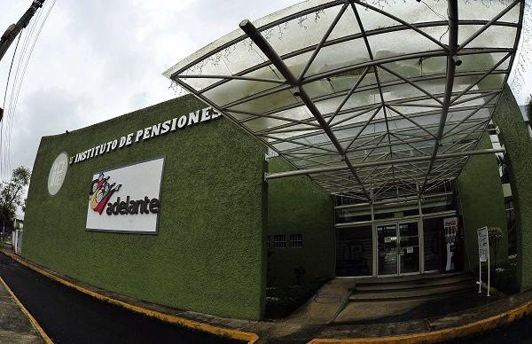 Gobierno de Veracruz debe garantizar pensiones de 2016