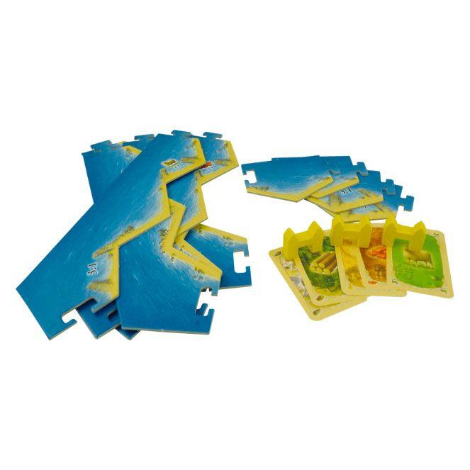 999 Games geeft al sinds 1998 ''De Kolonisten van Catan'' uit. Dit spel is in juli 2012 vernieuwd voor wat betreft speelmateriaal en artwork. De houten speelstukken werden bijvoorbeeld door gedetailleerde kunststof speelstukken vervangen.De houten en kunststof edities van het basisspel en de vele uitbreidingen die het spel kent, waren helaas niet altijd goed te combineren. 999 Games komt daarom met deze aanpassingsset, zodat de grootste struikelblokken met betrekking tot het combineren van…