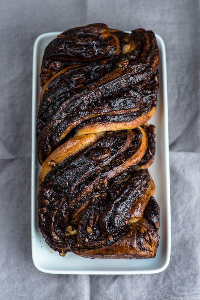 Chocolate Krantz Cake (Alternative: Cinnamon sugar filling: brush each dough half with 6 tbsp / 80 g melted unsalted butter and then sprinkle with 120 g light muscovado sugar, 1 1⁄2 tbsp ground cinnamon, and 50 g coarsely chopped walnuts; then roll as described in the chocolate version.)