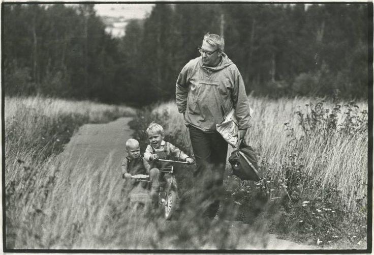 На прогулке, 1968 - 1973