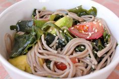 Soba (aka Buckwheat) Seaweed Salad - soba noodles (aka buckwheat noodles), dry Wakame seaweed, tomatoes, avocado, sesame oil, sesame seeds, salt to taste - Strict Candida Diet