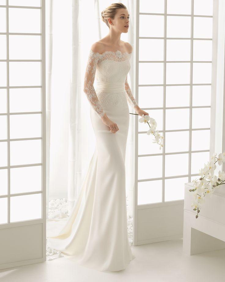DADO vestido de novia Rosa Clará 2016 DADO Vestido de encaje pedrería y crepe en color marfil, disponible en color natural.
