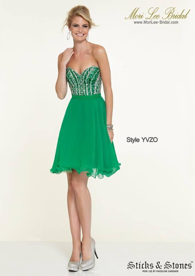 Style YVZO  CHIFFON WITH JEWELED BEADING Zipper Back Closure. Available in Emerald, Majestic Royal Precio: $1.036.750 Pesos Colombianos Precio: $471.00 Dolares Americanos