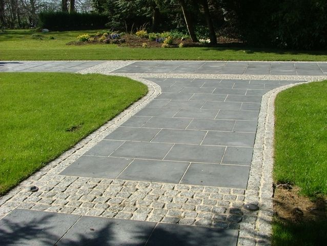 Roadstone Wood Retail :: Limestone Paving :: Natural Stone Paving