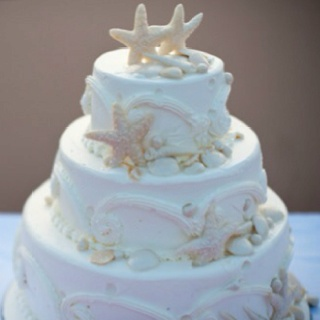 Perfect beach wedding cake