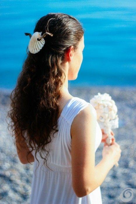 Idee fai da te :: Il bouquet di conchiglie summer seashell bride hairstyling wedding on the beach