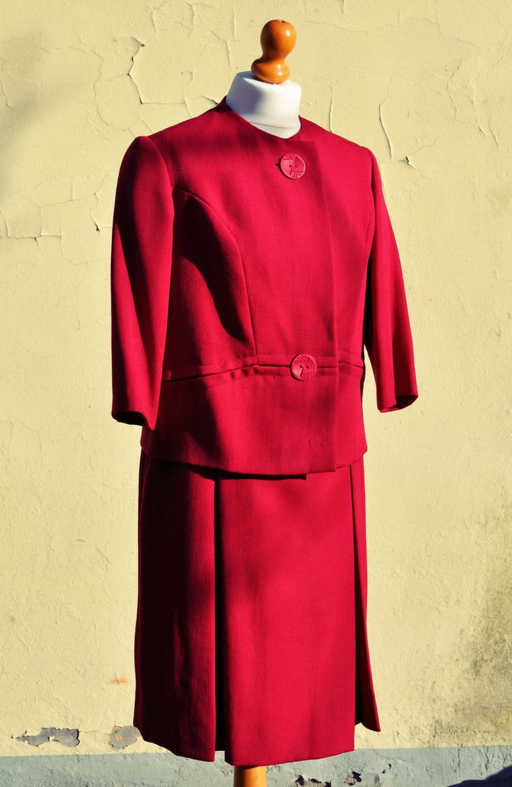 Red Dress with jacket, on sale on www.caosretro.com