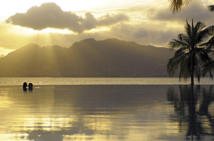 Partez en voyage de noces aux Seychelles avec Beachcomber Tours