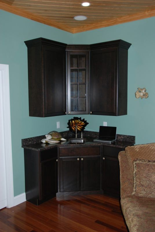 Corner wet bar theater rooms pinterest bar areas for Dining room sink designs