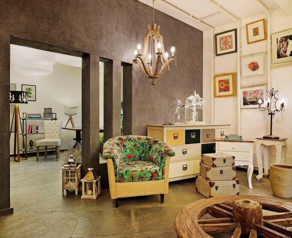 the store recently introduced a unique and stunning line-up of Industrial, Distressed and Contemporary furniture. Store Feature: The Purple Turtles, Bangalore|The Keybunch Decor Blog |