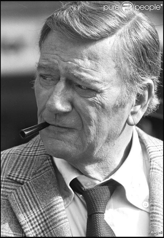 PHOTOS - John Wayne