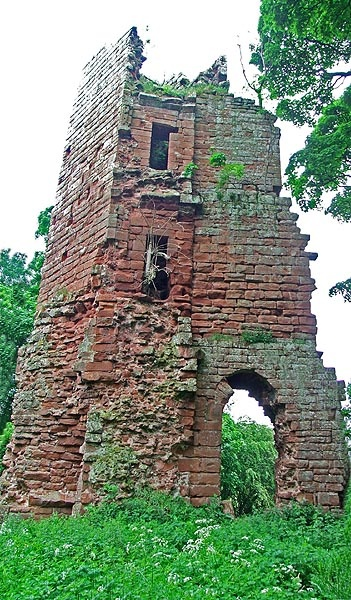 Kirkoswald has a ruined castle, which in 1210 received a license from King John to fortify the original structure & enclose the extensive park.The Castle was later destroyed by Robert the Bruce in 1314, but was rebuilt & extended in the late 15th Century. The whole site covered three acres but all that remains is one monumental tower on the North side, some 60 feet high. Located in Kirkoswald, Cumbria a civil parish and village in th District of Eden, Scotland.