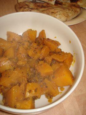季節のかぼちゃのサブジ(スパイス炒め)