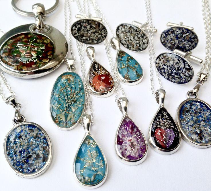 Pin by Vicky Choy on resin Custom jewelry, Custom