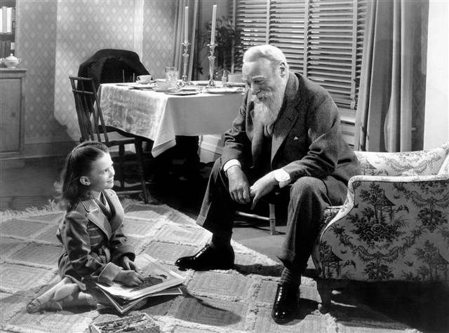 Edmund Gwenn played the kind-hearted old man who insists he's Kris Kringle. He's still one of my favorite onscreen Santas. Original Miracle on 34th Street