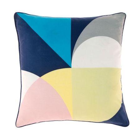 Betina navy cushion - hardtofind.