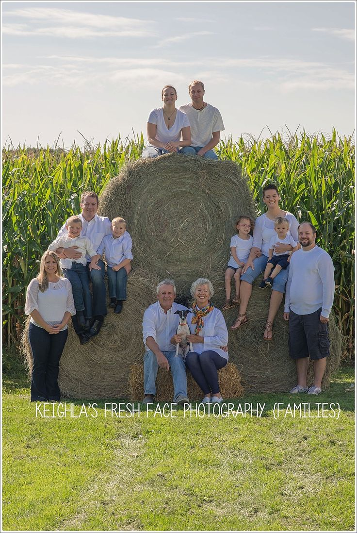 Extended family photos at the farm in Norwood
