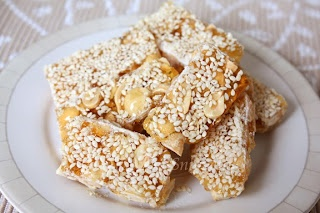 Chinese Peanuts and Sesame Candy Bars Recipe (My Kitchen Snippets)
