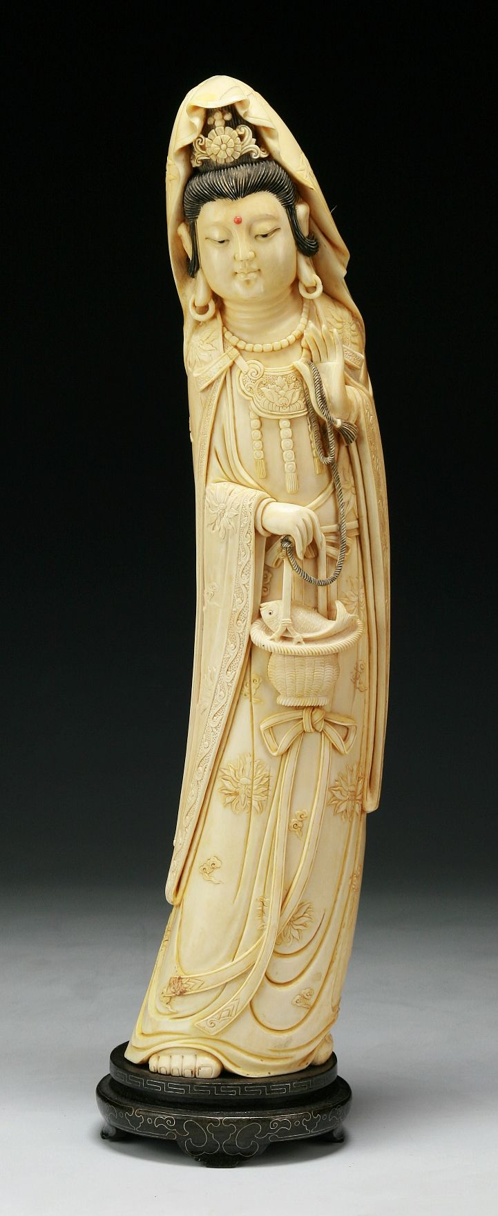 Big and fine chinese antique carved ivory guanyin
