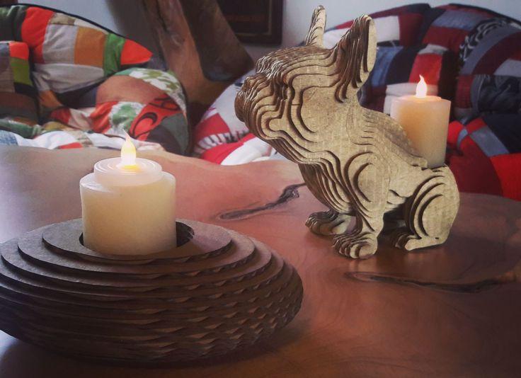 Los pequeños detalles hacen grandes diferencias. Encuentra una gran variedad de accesorios decorativos para tu hogar en nuestro almacén www.athosmuebles.com  #ColeccionDiseñoOrganico #AthosMuebles #detalles #velas #cojines #decoración #diseño #accesorios #hechoencolombia #carton #regalos #inspiracion #calordehogar #regaloideal
