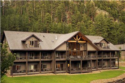 Keystone South Dakota Hotels and Lodging Near Mount Rushmore | K Bar S Lodge