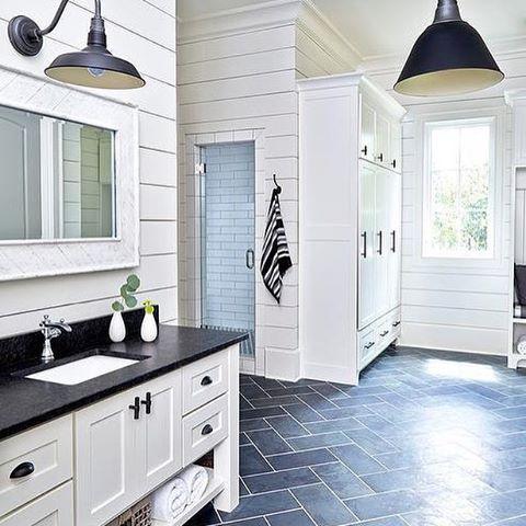 Best 25 Pool House Bathroom Ideas On Pinterest Pool Bathroom