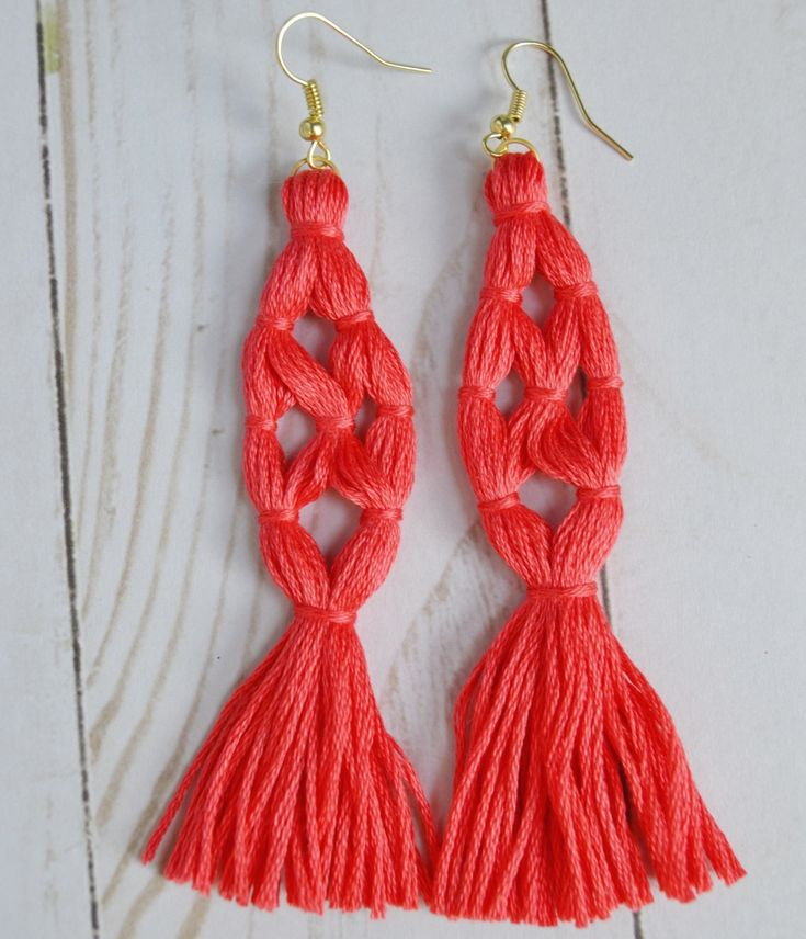 Tassels are a huge trend right now and making your own tassel earrings could not be easier. Seriously, this project checks all the boxes for the DIY project trifecta- easy to make, inexpensive to make, and quick to make. To make your own tassel earrings you will need: 3 skeins of embroidery floss jump rings …