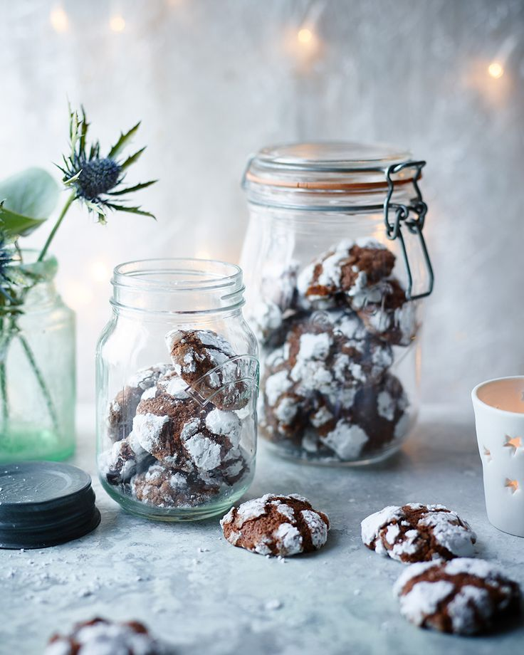 Our recipe for chocolate snowballs makes a fabulous Christmas gift, make it even better by wrapping them up with our Jam drops.