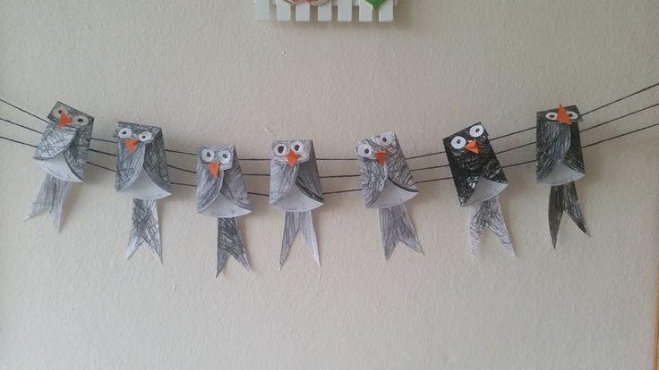 vogels van kartonnen bordjes
