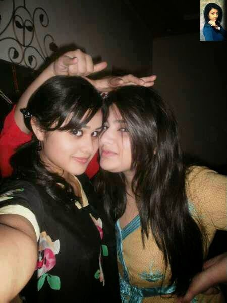 Wallpapers-Our World Look Pakistani Desi Girls Are So -9106