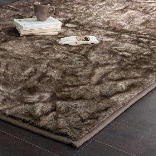 les 25 meilleures id es de la cat gorie tapis fausse. Black Bedroom Furniture Sets. Home Design Ideas
