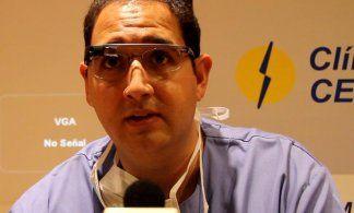 Más de250 instituciones siguen una operación quirúrgica gracias a las gafas de Google