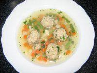 Rychlá polévka s drožďovými knedlíčky