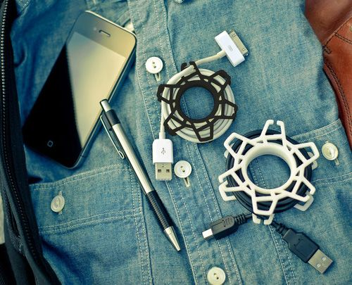 No more damaging wires while travelling with this cool #3Dprinted gadget.