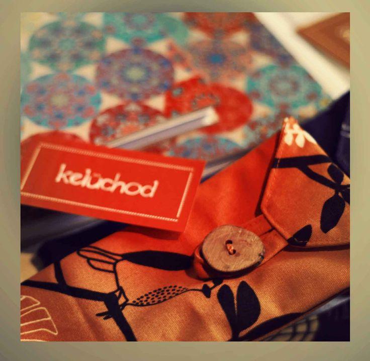 kelûchod llegó con libretitas, bolsos y estuches para lentes con bellos diseños y que además de dar complemento a las cosas de tu uso diario pueden ser un agradable regalo.