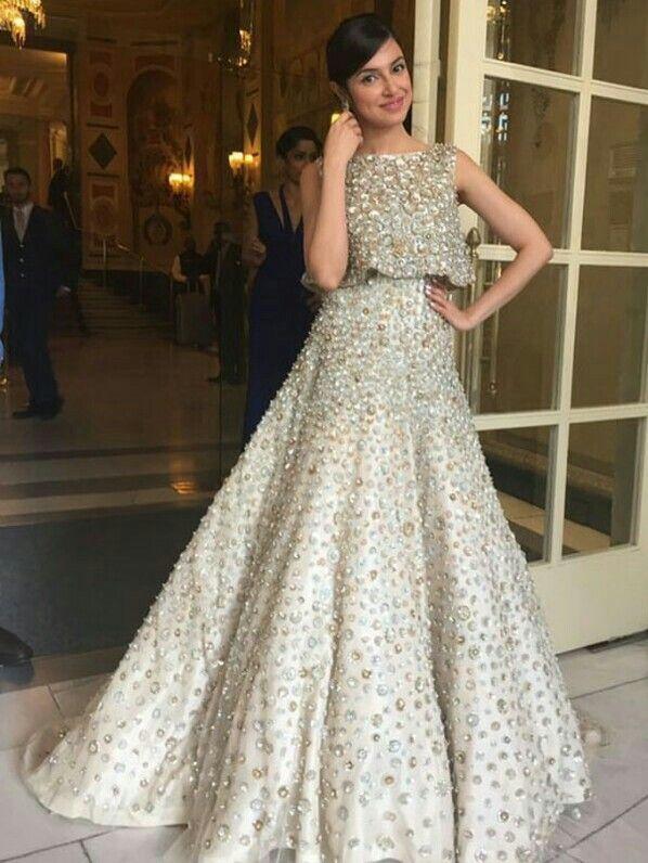 Divya Khosla Kumar looking absolutely beautiful in a Manish Malhotra outfit.