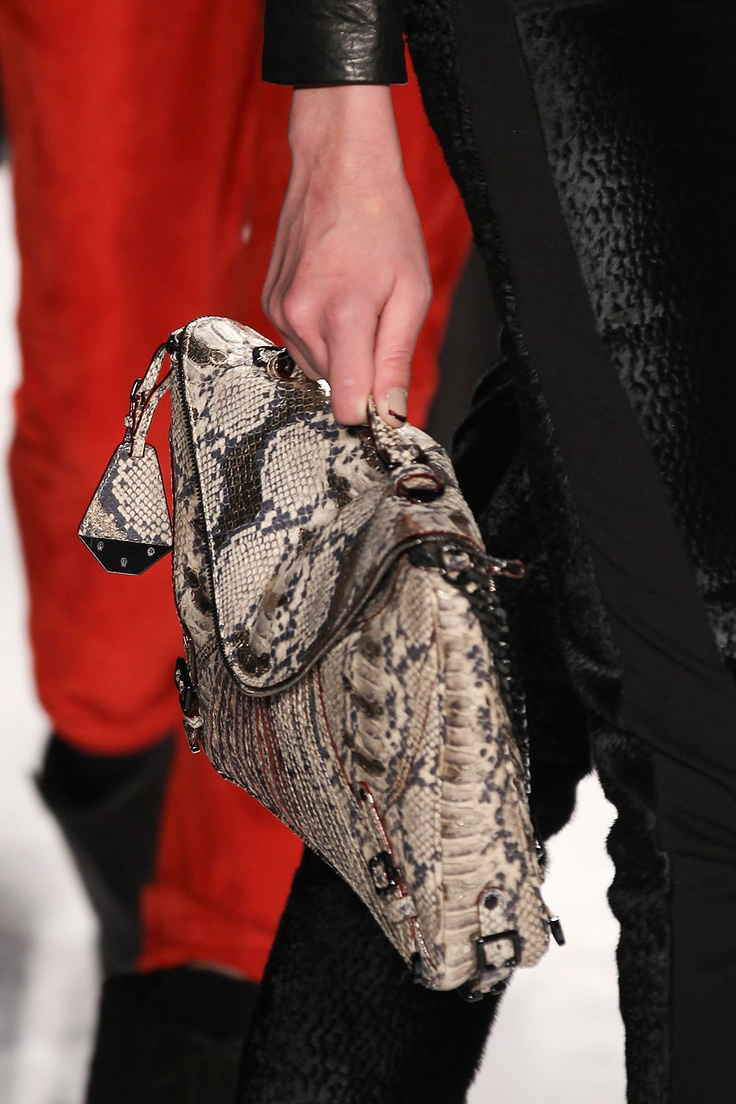 #RebeccaMinkoff #nyfw: Winter Accessories, Rebeccaminkoff Nyfw, 2012 Collection Rebecca, Awesome Accessories, Amy Style, Handbags Heavens, Collection Rebecca Minkoff, Fall Winter, Beautiful Products