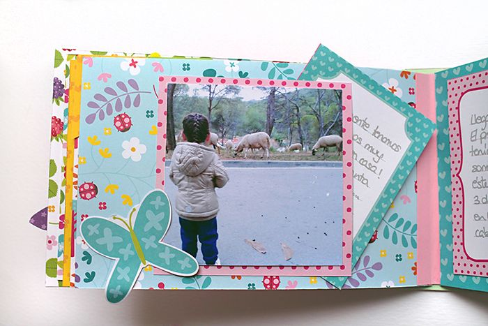 Mini álbum hecho con materiales de scrapbooking  interior 4