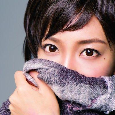 松嶋菜々子風メイクを披露したざわちん※講談社  VOCE  12月号junko tamaki(t.cube)