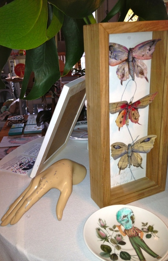 VISI / Articles / Bartering is back - my butterfly 3D art and plate at our first live bartering event for creatives!