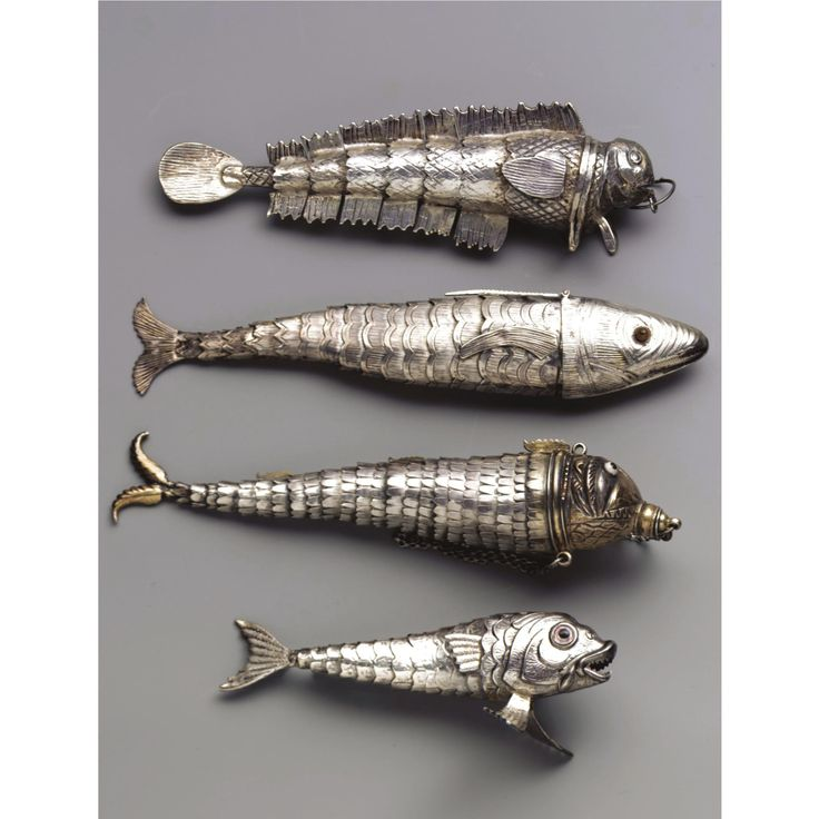 Articulated silver fish with engraved scalesMetals Fish, Fish Lures, Fish Pendants, Articulation Fish, Jewelry, Articulation Silver, Things, Silver Fish, Silverfish
