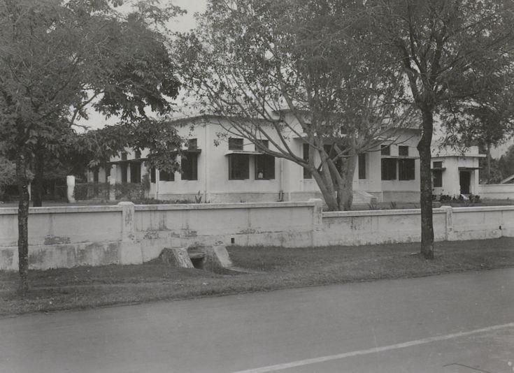 De villa in de Riouwstraat 1 in Bandoeng