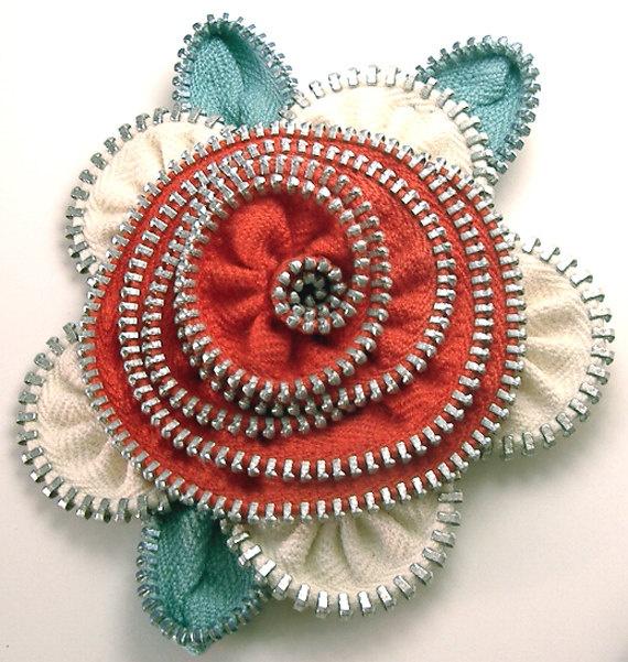 Zipper Flower Pin Brooch Red Cream & Teal